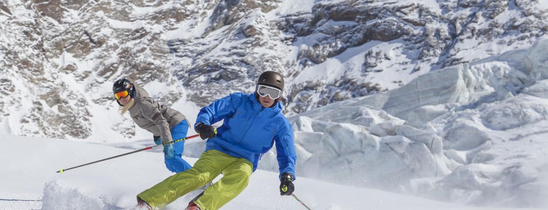 Ski and snowboard Saas Fee